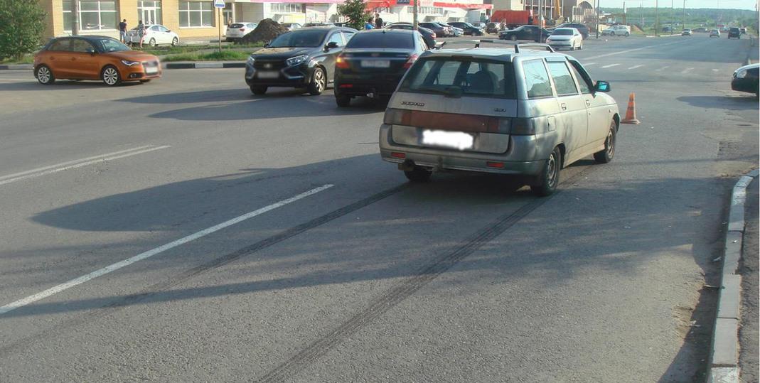 ВТамбове под колеса автомобиля попали два ребенка