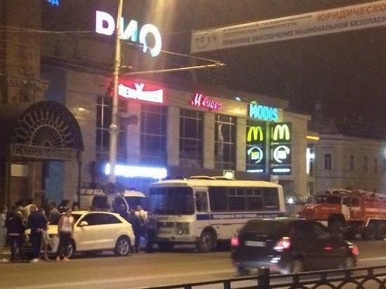 ВТамбове эвакуированы два торговых центра