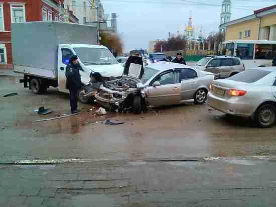 Вцентре Тамбова случилась массовая авария