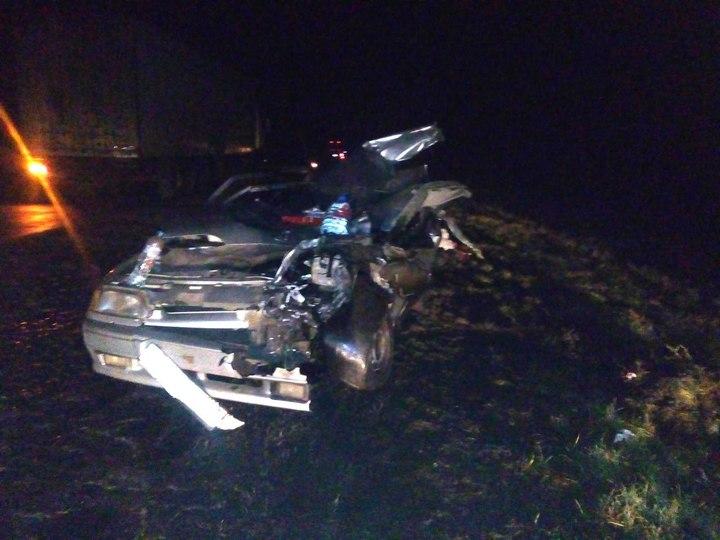 ВСампурском районе легковушка врезалась вавтопоезд: пострадавшие в клинике