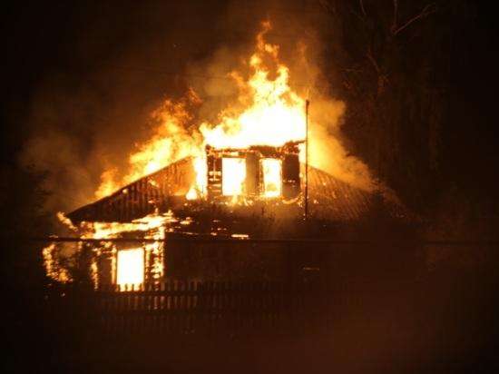 В Сампурском районе женщина из-за ревности подожгла дом односельчанки